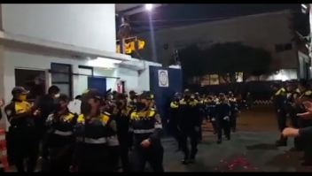 Felicitan a mujeres policías por resistir agresiones en marcha por el aborto legal