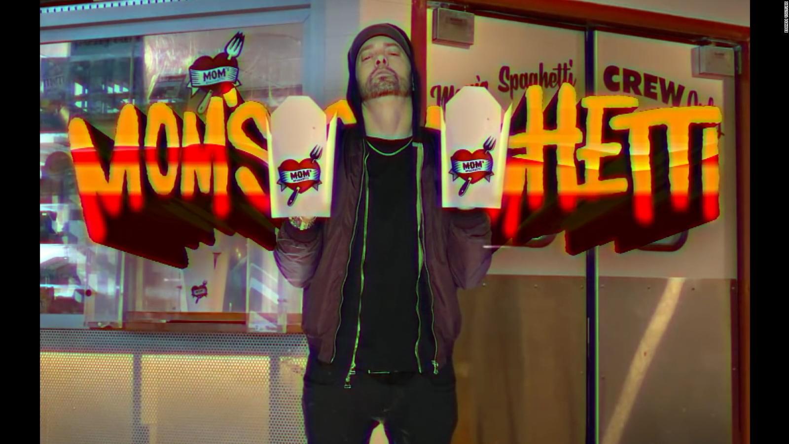 Eminem inaugura su nuevo restaurante en el centro de Detroit y causa sensación
