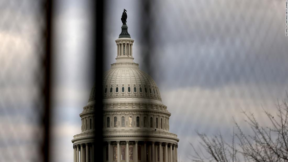 Los legisladores republicanos se distancian de la manifestación de la derecha del sábado, mientras los demócratas señalan el extremismo del Partido Republicano