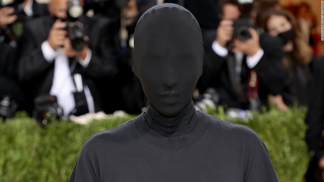 Kim Kardashian West vio tus memes por su atuendo en la gala del MET