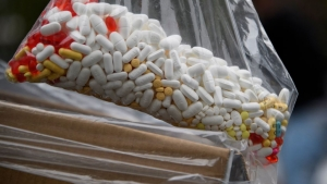 Píldoras con drogas secuestradas por la DEA