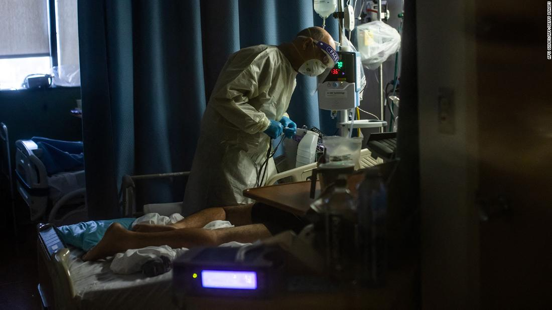 Between covid and influenza, doctors in the US prepare for the coming winter