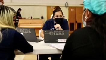 La junta escolar de los Ángeles vota para exigir la vacuna de covid-19 para los estudiantes elegibles de 12 años o más