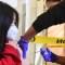 Los Angeles mandato vacuna covid escuelas padres