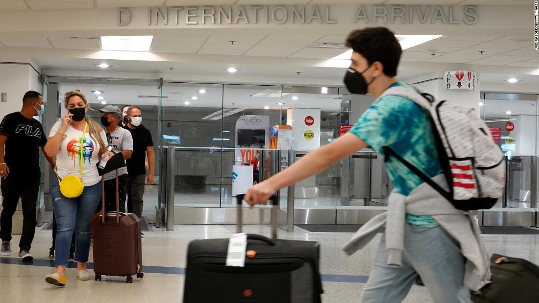 Esto es lo que puedes esperar cuando Estados Unidos abra sus fronteras a viajeros extranjeros vacunados