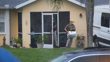 El FBI retira la posible evidencia de la casa del prometido de Gabby Petito mientras continúa la búsqueda