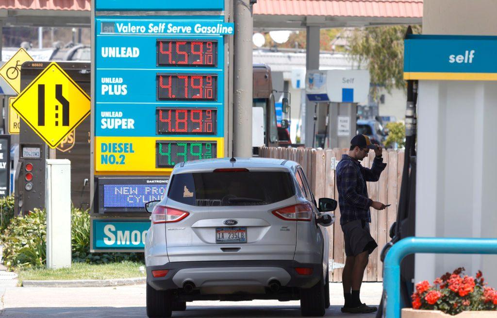 Estos son los países del continente con la gasolina más cara y más barata