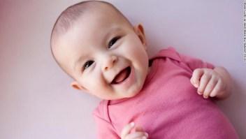 risa bebé