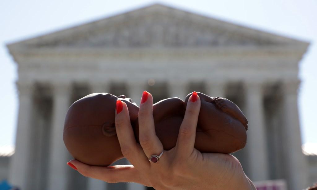Día histórico en Texas: entra en vigor la ley que prohíbe el aborto en el estado