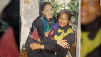 """Identifican los restos de su madre 20 años después del 11S: """"El 11 de septiembre nunca existió en mi calendario"""""""