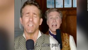 Ryan Reynolds y Will Ferrell cantan en TikTok por un popular reto