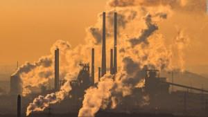 ¿Pone el cambio climático en riesgo a las democracias?