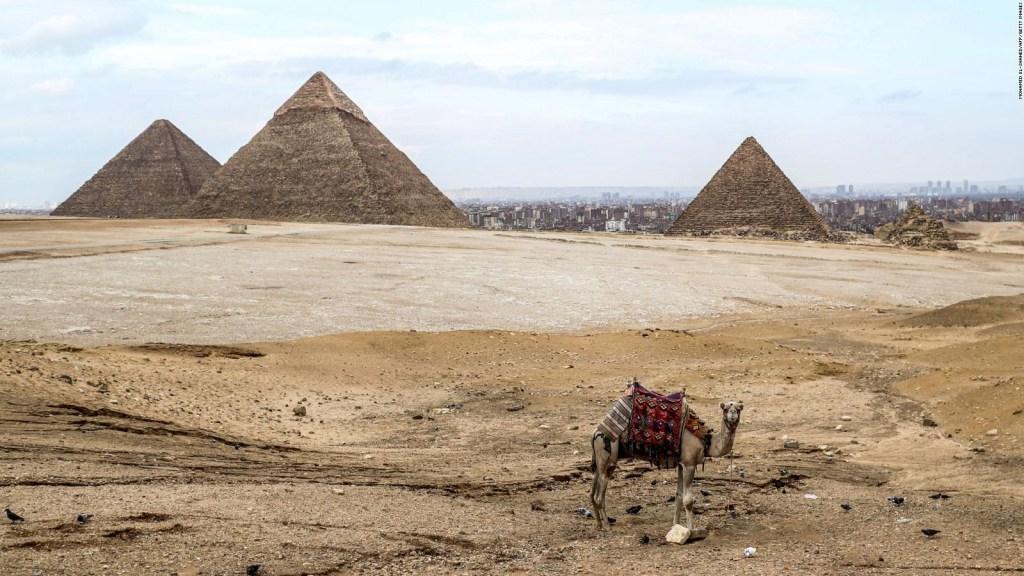 Artistas muestran las pirámides de Giza como nunca antes