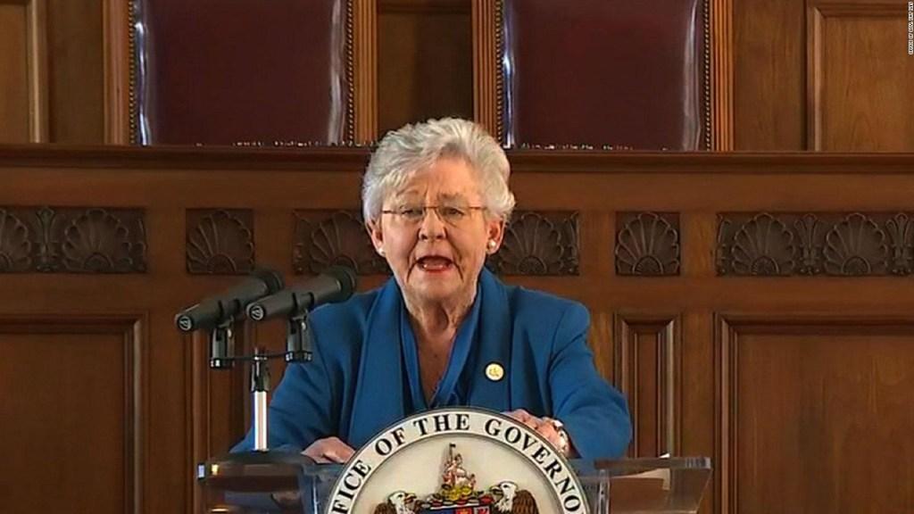 Gobernadora de Alabama no obligará a nadie a vacunarse