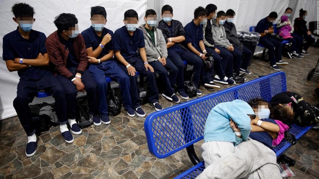 Biden: Cifra de niños detenidos en la frontera bajó a 504