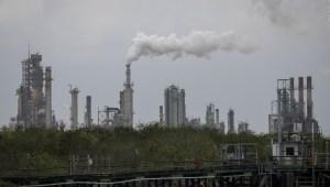 Petroleras van contra reglas climáticas del plan de Biden