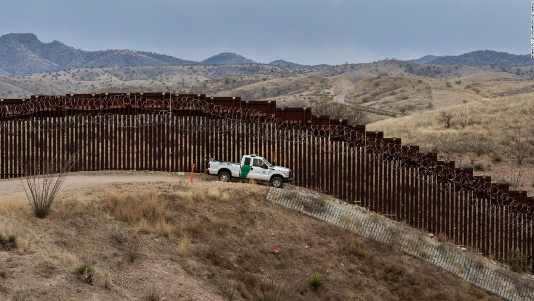 EE.UU. registra récord de detenciones en frontera sur