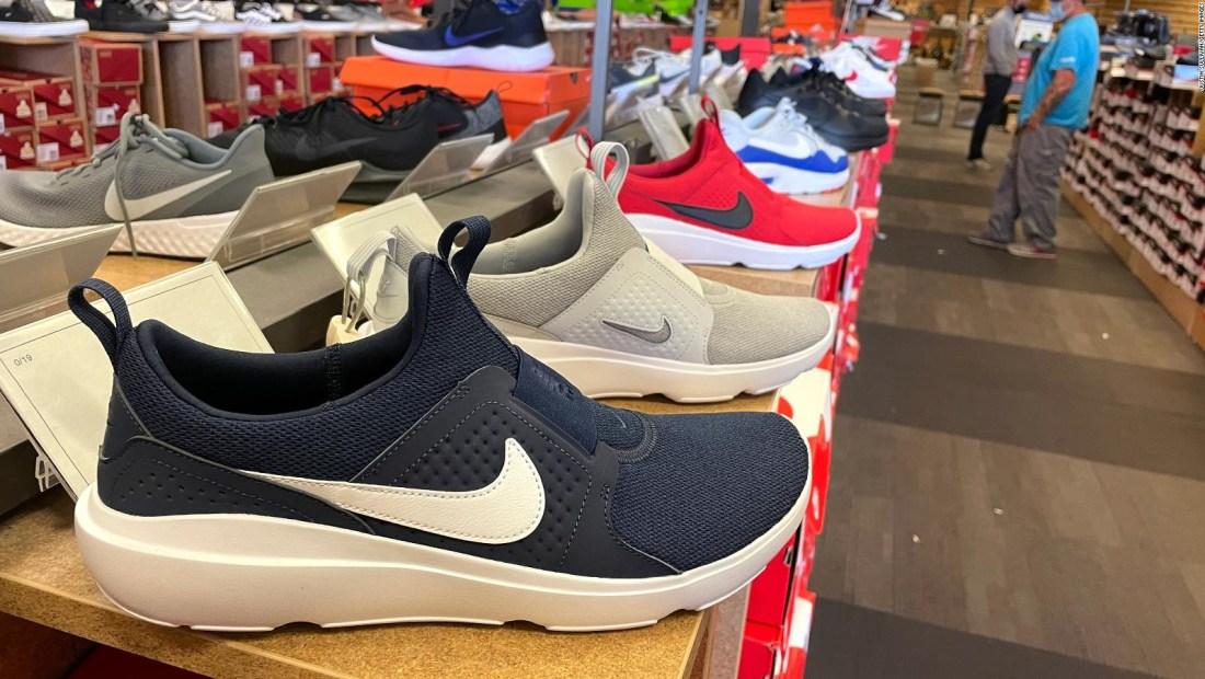 Nike, Under Armour y PacSun, en problemas de suministro