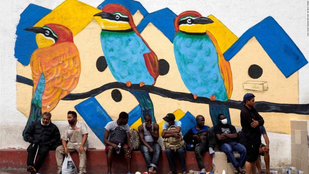 Vuelos de haitianos desde México, ¿retorno asistido o deportación?