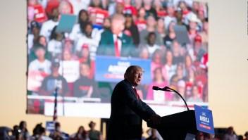 Trump felicita al soldado equivocado