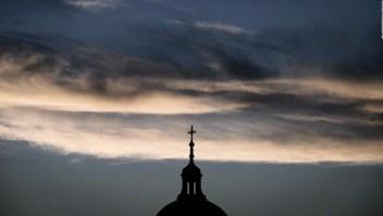 Reacción contra el clero francés tras denuncia por abusos
