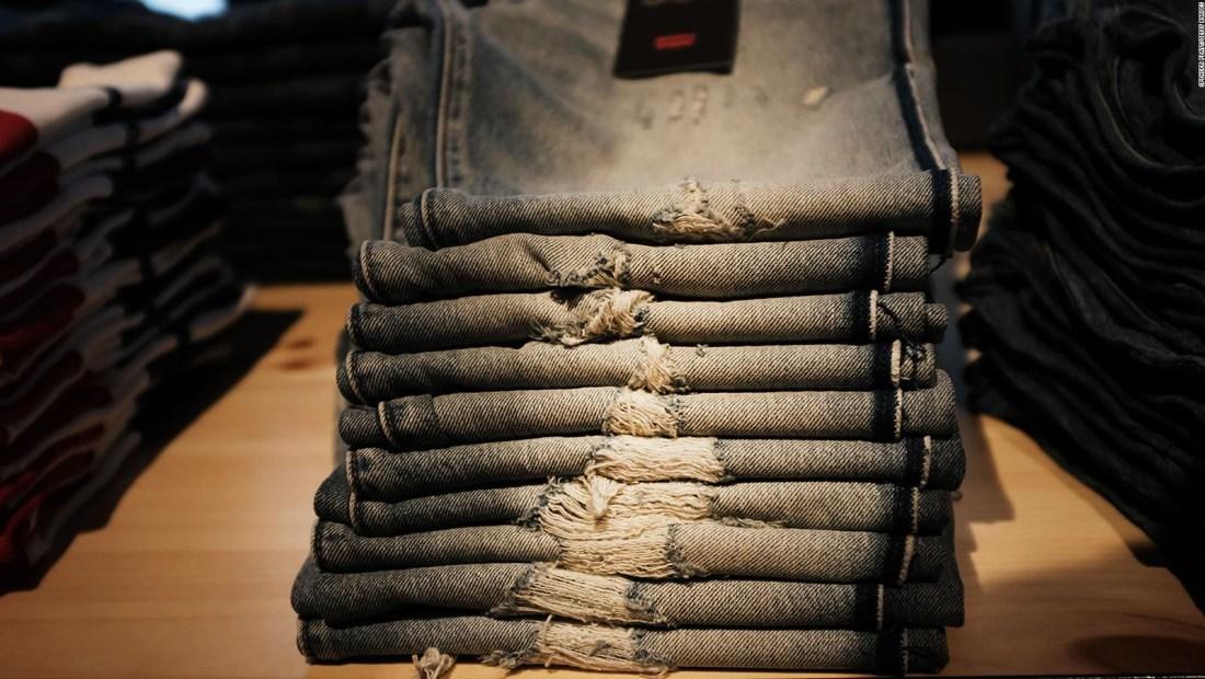 Camisetas y jeans pueden ser más caros por estas razones