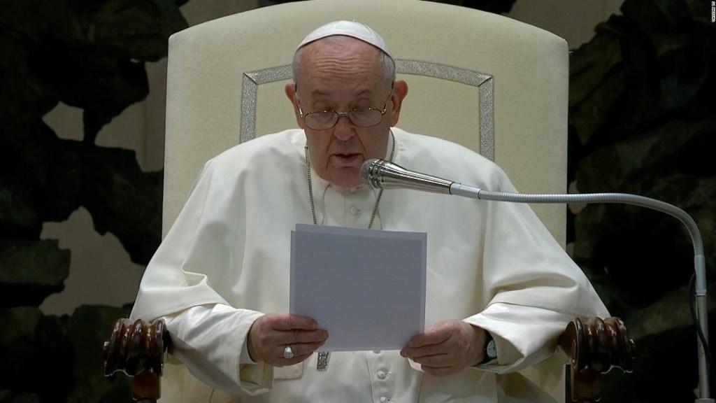 El papa expresa vergüenza por abusos en Francia
