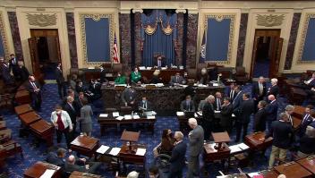 Senado aprueba extender techo de la deuda