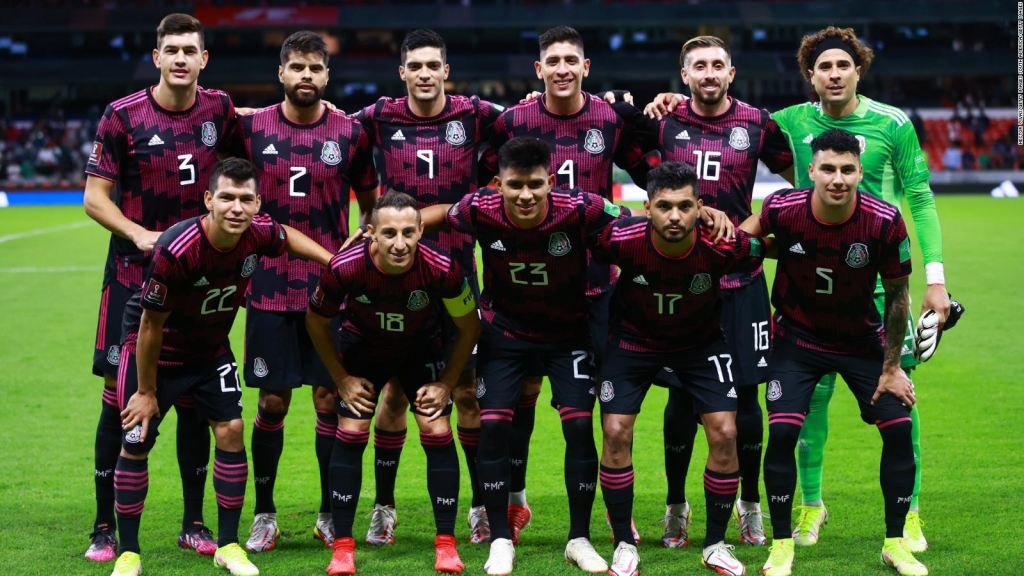 México empató con Canadá y perdió liderato