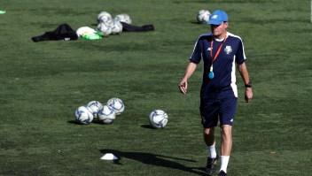 El exentrenador nacional de fútbol femenino venezolano Kenneth Zseremeta