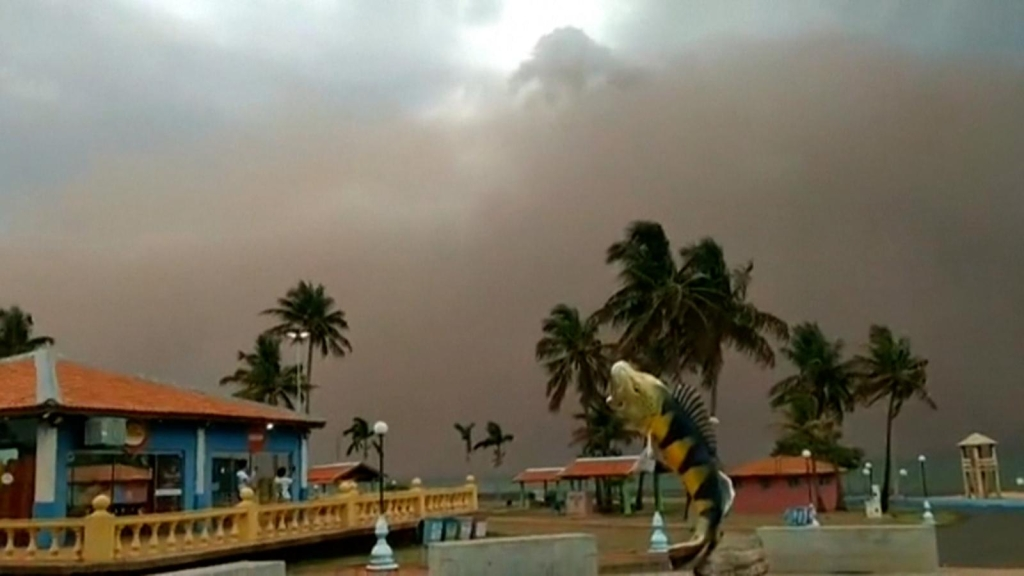 6 muertos por impactantes tormentas de arena en Brasil
