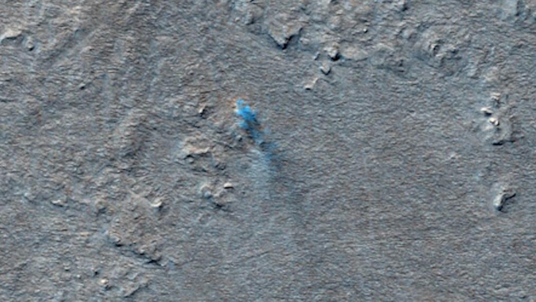 Mira una doble tormenta de arena en Marte desde el espacio