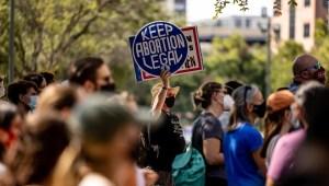 Piden que Corte Suprema intervenga sobre abortos en Texas