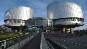 Rechazan demanda de víctimas de abuso contra el Vaticano