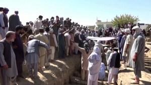 Ataque suicida en mezquita en Afganistán
