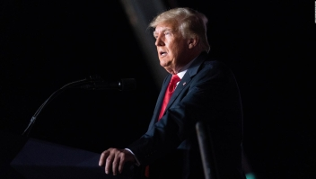 "Donald Trump lanza su propia red social ""TRUTH Social"""