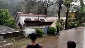 Mira esta casa arrasada por las inundaciones en la India