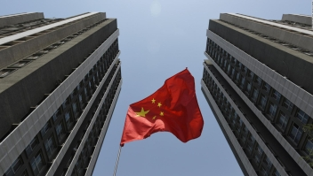 La economía de China es golpeada por estas 3 crisis