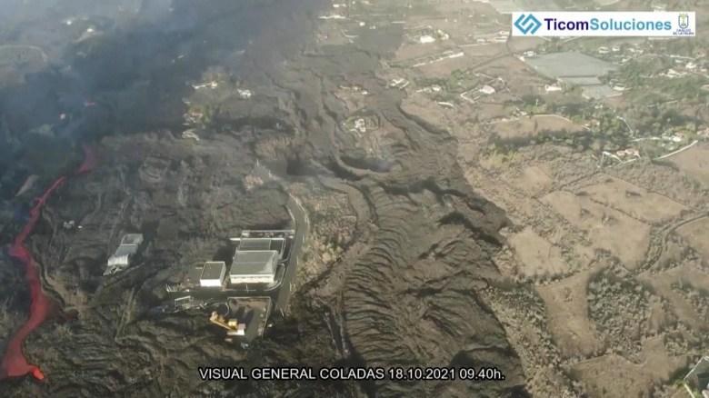 La Palma, cubierta de negro tras erupciones del volcán