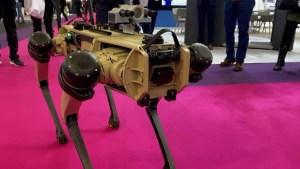 Este perro robot es la sensación de la Milipol en París