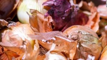 Si no sabes de dónde provienen tus cebollas, deséchalas para prevenir la salmonella, dicen los CDC