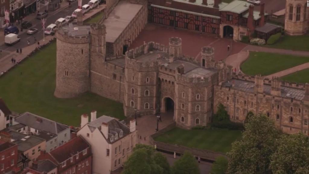 Buckingham busca amo de llaves: mira los requisitos