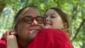 Correa cuenta por qué vendió su casa para tener a su hija