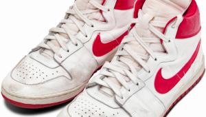 ¿Pagarías esto por zapatillas usadas por Michael Jordan?