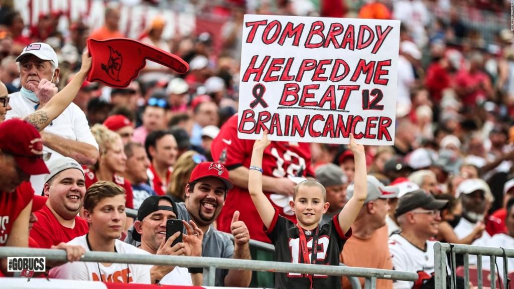 Tom Brady y su hermoso gesto hacia un niño
