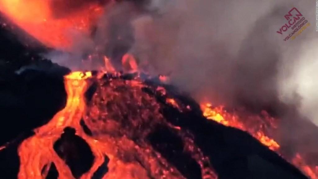 Aumenta la lava por erupción del volcán Cumbre Vieja