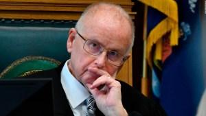 """Juez considera el término víctima como palabra """"cargada"""""""