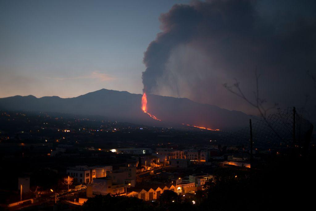 Sismos, cenizas y lava llegando al mar: la cronología de la erupción del Cumbre Vieja
