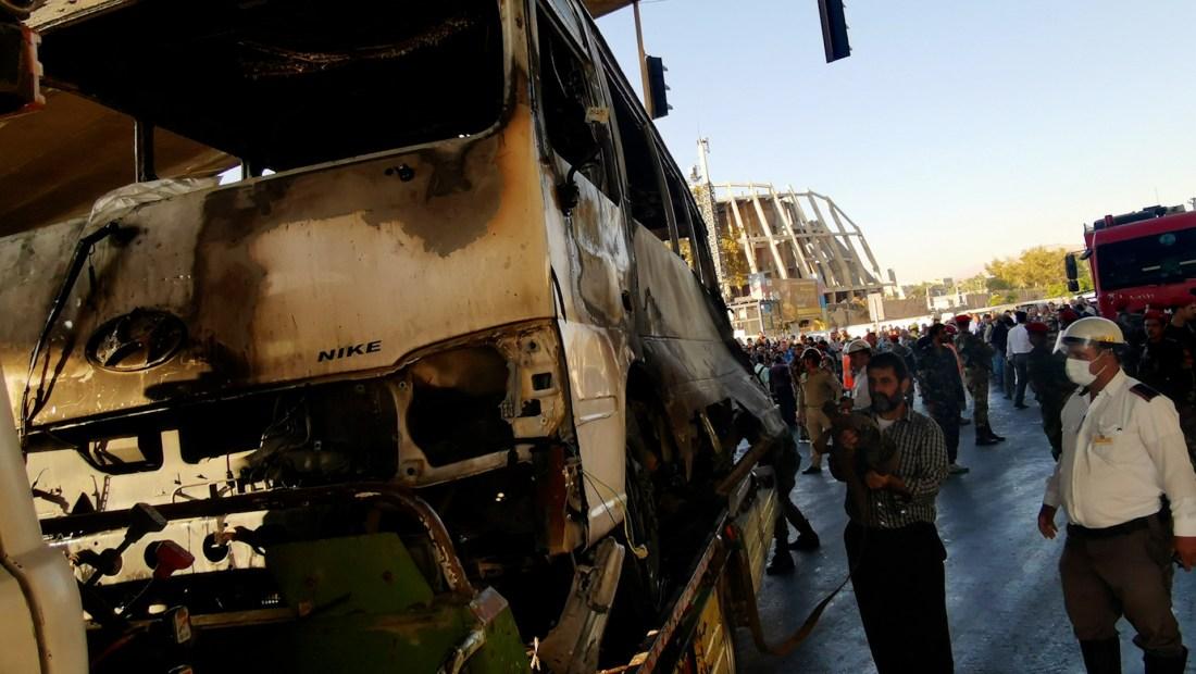 Ataque a un autobús militar en Siria deja al menos 13 personas muertas