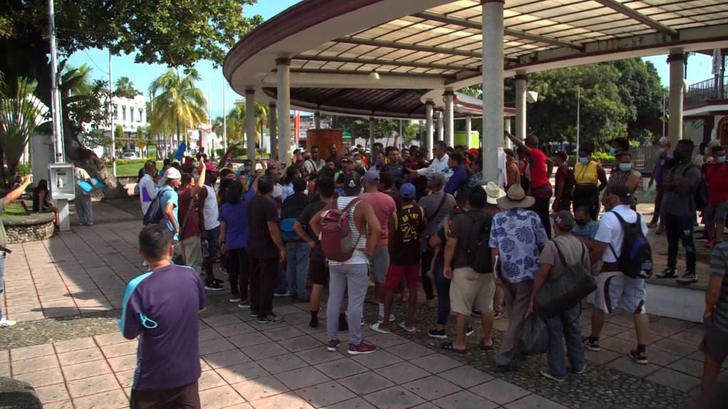 """""""Caravana madre"""" de migrantes: esto piensan los habitantes de Tapachula"""